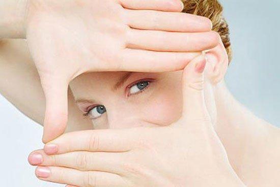 Особенности макияжа глаз при близорукости