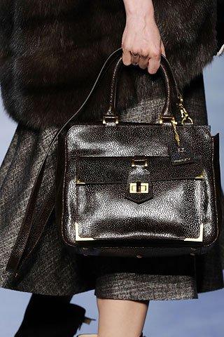 Какие сумочки популярны этой осенью