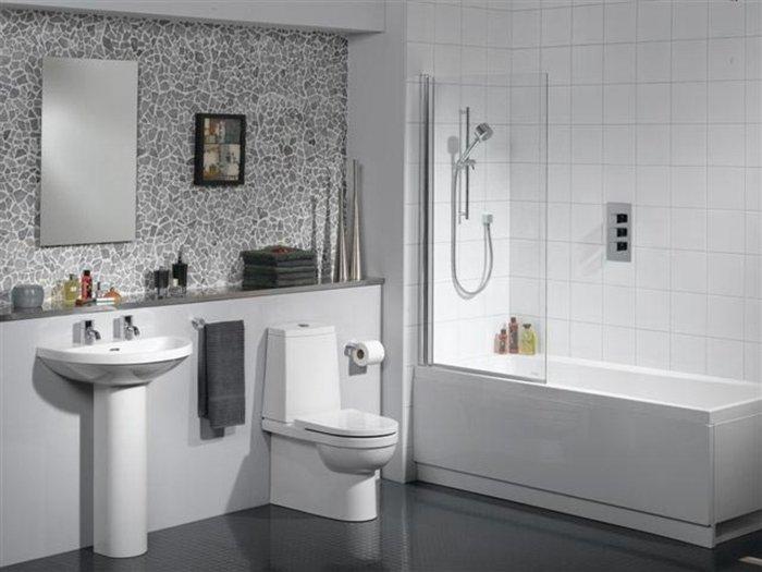 Чистота в ванной подручными средствами