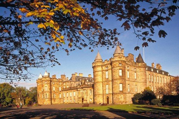 шотландский дворец Линлитгоу