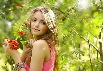 Красная рябина – оберег красоты, здоровья и молодости